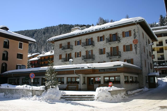Hotel Sport - Ski Accommodation